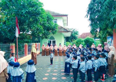 upacara bendera 2